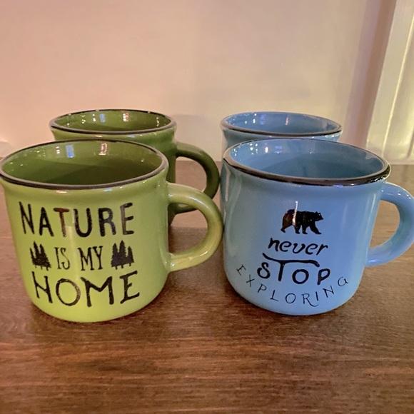 Cottage Mug Set